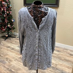 Solitaire gray embroidered lace top button front